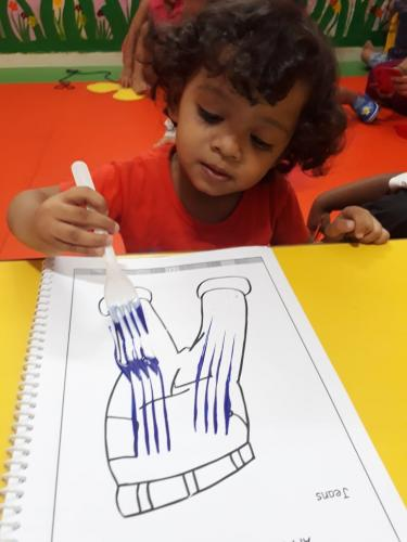 Fork dabbing activity of playgroup (1)