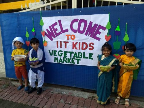 Vegetable market (2)